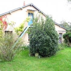 Maison ancienne T5 proche centre ville de Bourges