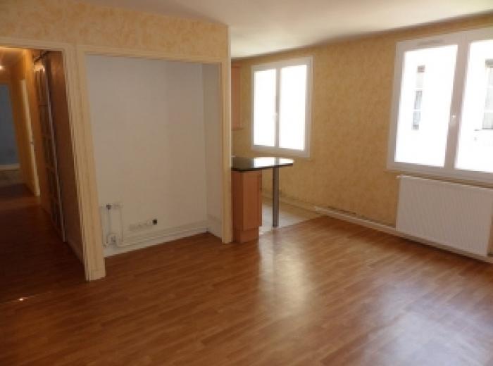 Bourges centre ville pièton appartement type3